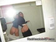 Фото голые девушки сосут член